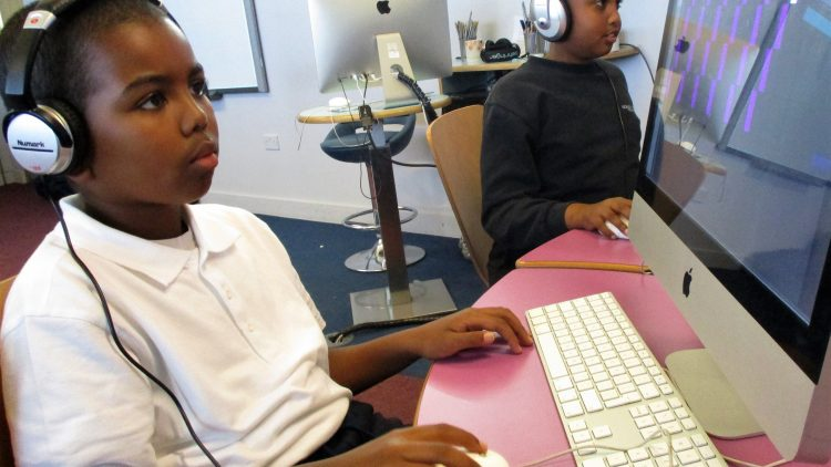 Composing using music technology  – Year 5