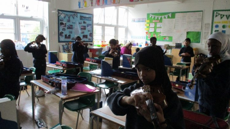 Year 4 Music: Wider Opportunities Violin Lessons